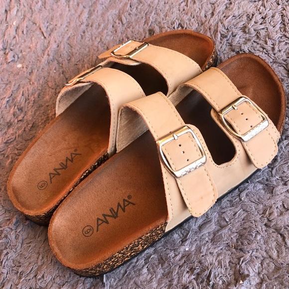 1dbbd19e0 Arizona Style Sandals